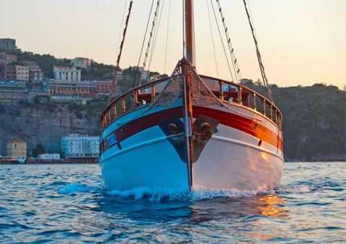 Proa para un Viaje de vacaciones en Goleta
