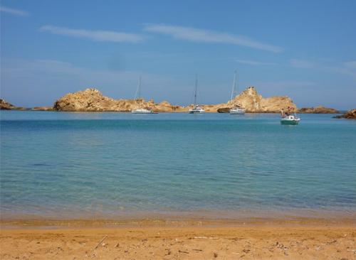 Navegar en Menorca a cala Pregonda