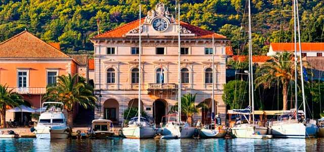 Los barcos en un Viaje de Vacaciones en velero a Croacia - Islas de Split