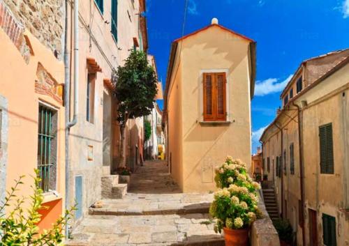 Calles de Marciana en la Isla de Elba
