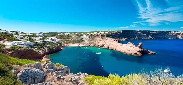 Viaje de vacaciones en velero a Menorca - Cala Morell