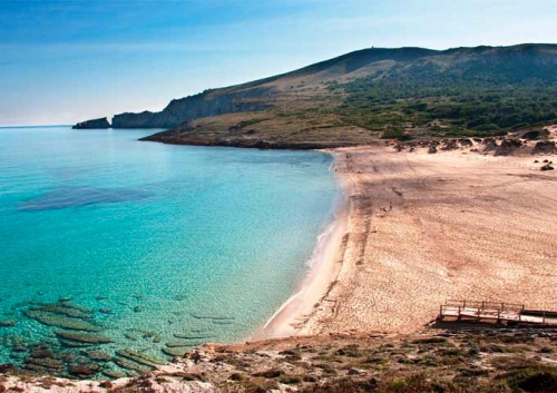 Cala Mesquida para Viaje de Vacaciones en Velero a Menorca