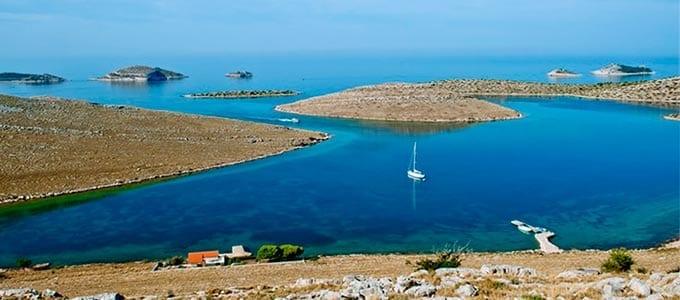 Viaje de Vacaciones en Velero a Croacia - Islas Kornati - Fondear