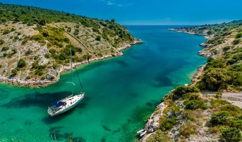 Viaje de Vacaciones en Velero a Croacia - Islas Kornati - Cala de Mala Proversa