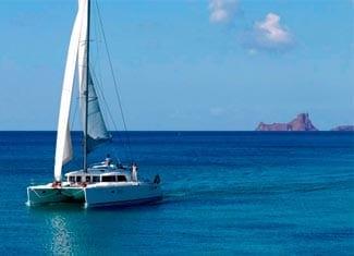 Alquiler de Catmarán en Ibiza