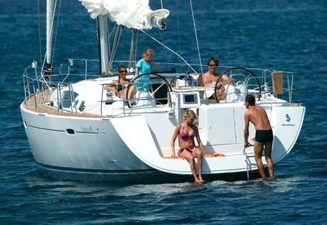 Alquiler de Velero Oceanis 43 en Ibiza