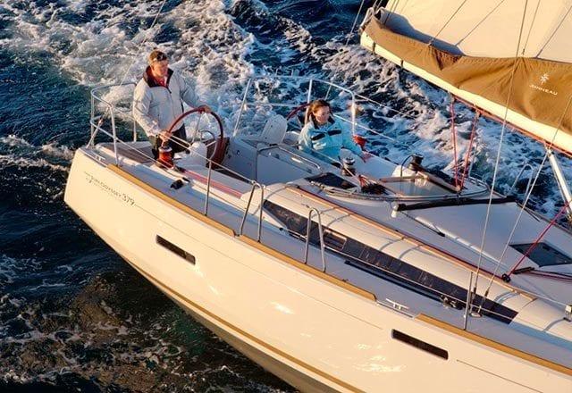 Alquiler de Velero Sun Odyssey 379 en Ibiza