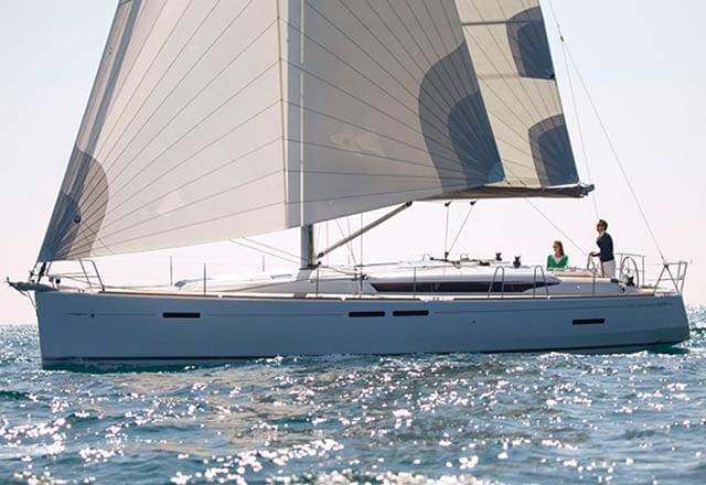 Alquiler de Velero Sun Odyssey 449 en Ibiza