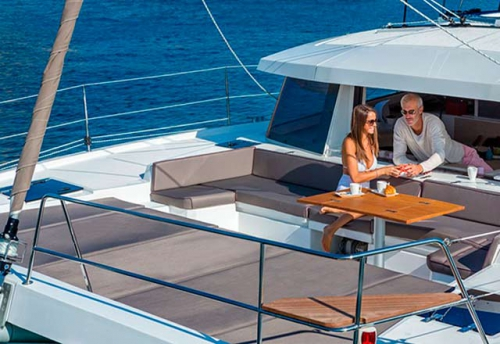 Solarium del Alquiler de Catamarán Bali 43 en Mallorca
