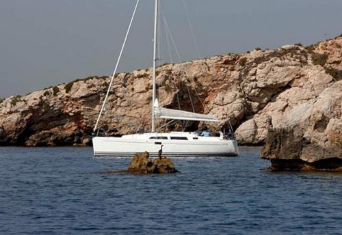 Fondeado el Alquiler de Velero Hanse 350 en Menorca