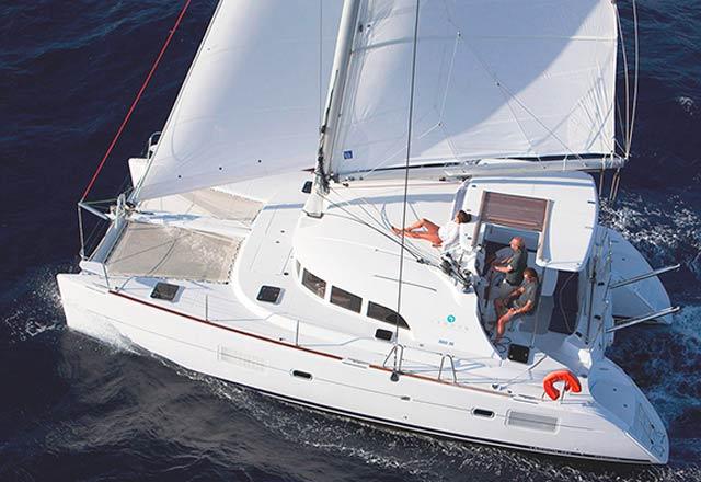 Alquiler de Catamaran Lagoon 380 en Grecia