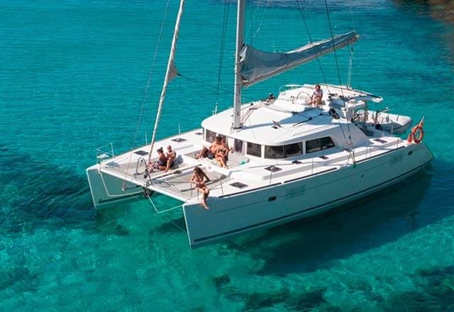 Alquiler de Catamarán Lagoon 421 en Ibiza