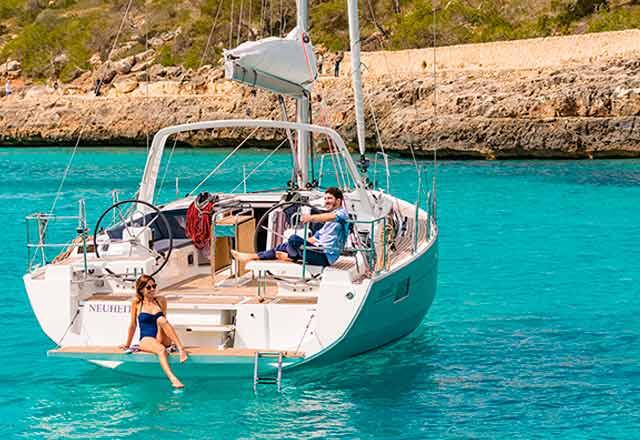 Alquiler de Velero Oceanis 41.1 en Menorca