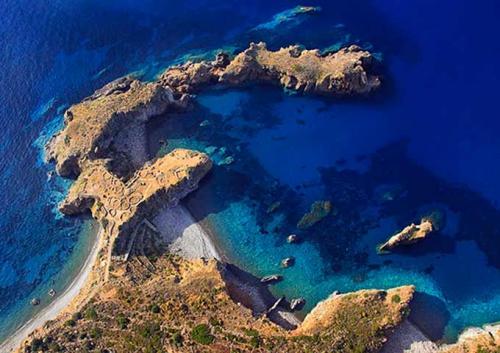Cala Junco en Navegar en Sicilia