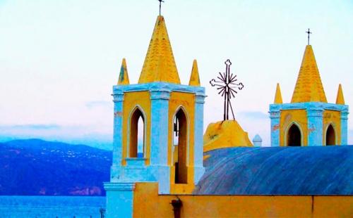 Iglesia en la isla de Salina