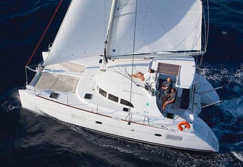 Cubierta del Alquiler de Catamaran Lagoon 38 en Denia
