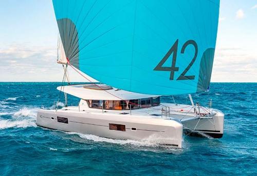 Proa del Alquiler de Catamaran Lagoon 42 en Grecia