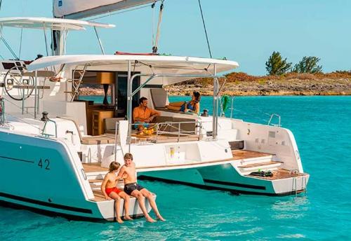 Vacaciones en el Alquiler de Catamaran Lagoon 42 en Grecia