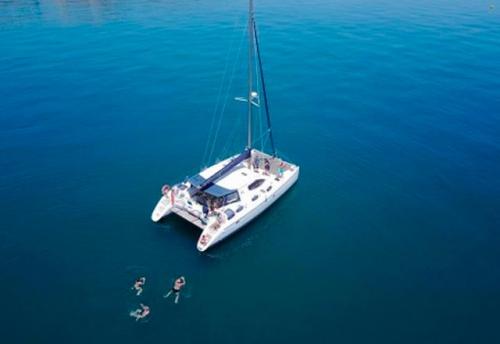 Cubierta del Alquiler de Catamaran Nautitech 395 en Denia