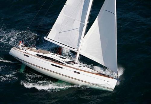 Navegando en el Alquiler de Velero Jeanneau 57 en Croacia