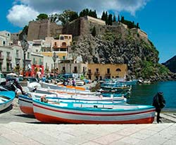 Lipari para Navegar en Sicilia