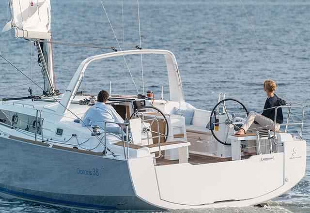 Principal de Alquiler de Velero Oceanis 38 en Sicilia