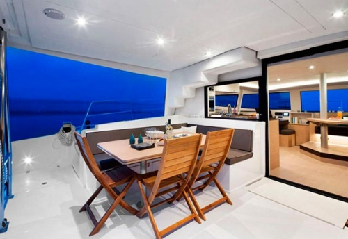 Bañera del Alquiler de Catamarán Bali 45 en Mallorca