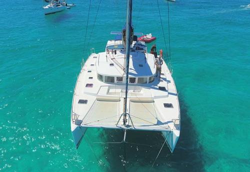 Fondeo del Alquiler de Catamarán Lagoon 440 en Italia