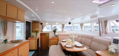 Salón del Alquiler de Catamarán Lagoon 440 en Italia