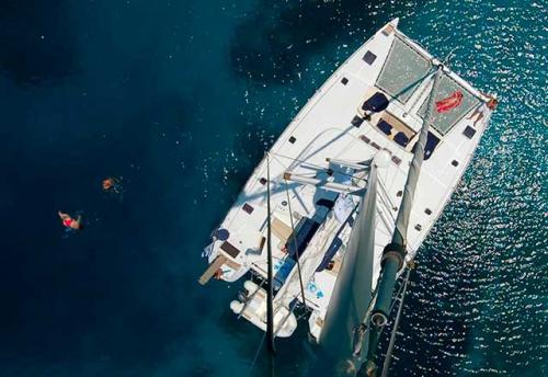 Familia en el Alquiler de Catamarán Lagoon 500 en Italia