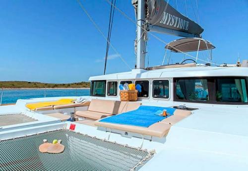 Solárium del Alquiler de Catamarán Lagoon 500 en Italia