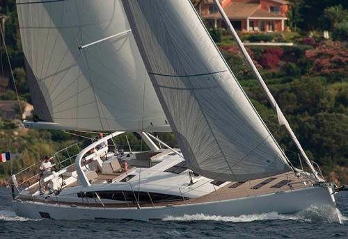 Navegando en el Alquiler de Velero Jeanneau 64 en Turquía
