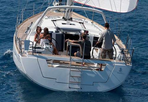 Popa del Alquiler de Velero Oceanis 45 en Italia