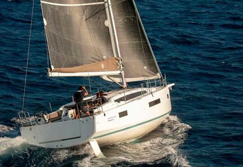 Navegación en el Alquiler de Velero SO 410 en Grecia