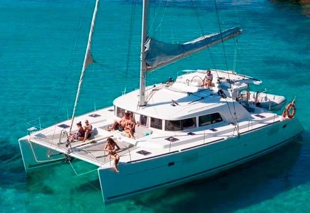 Alquiler de Catamarán Lagoon 440 en Italia