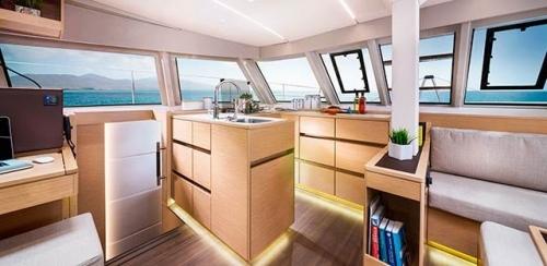 Cocina del Alquiler de Catamarán Nautitech 46F en Grecia