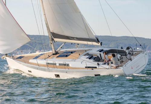 Navegando en el Alquiler de Velero Hanse 45.8 en La Manga