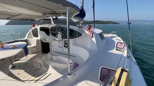 Bañera del Alquiler de Catamarán Bahía 46 en La Manga