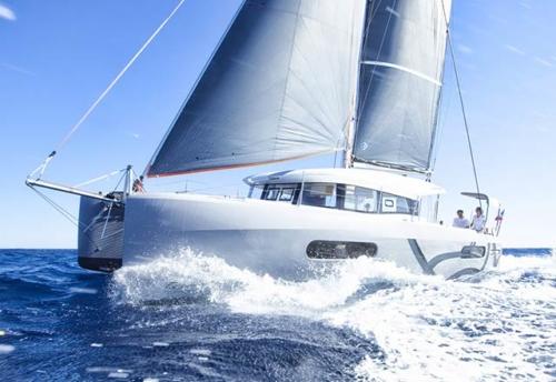Verano en el Alquiler de Catamarán Excess 12 en Denia