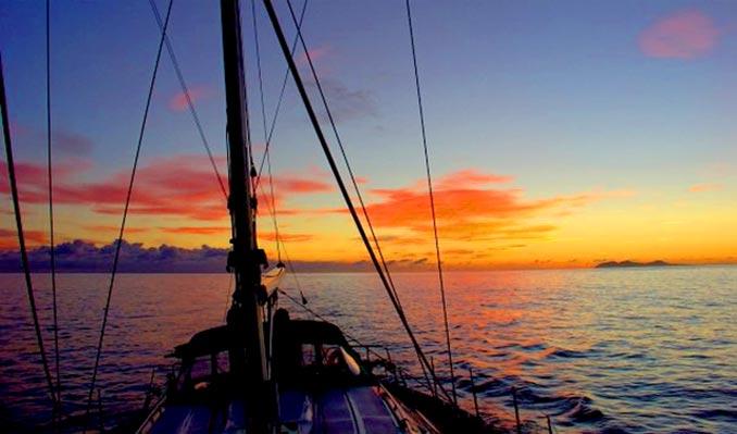Navegación en la Travesía Canarias-Mallorca Verano 2020